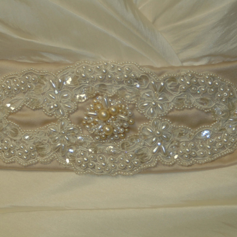 Vintage Creations - Vintage Lace & Pearl Belt by JenMar Creations
